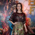 """Paolla Oliveira também adora usar saias de diferentes modelos. No lançamento no filme """"A Bela e a Fera"""", do qual dublou a personagem principal, a atriz escolheu um look romântico florido"""