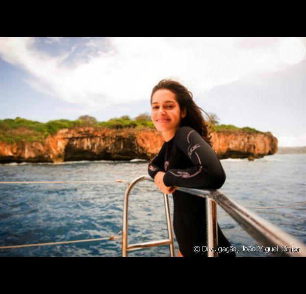 Maria Flor gravou as primeiras cenas de mergulho para a novela 'Sete Vidas' no mar de Fernando de Noronha