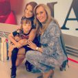 Ticiane Pinheiro recebeu a visita de Rafa Justus e Helô Pinheiro durante o 'Programa da Tarde' especial de Dia das Mães, nesta sexta-feira, 10 de maio de 2013