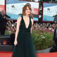 Emma Stone, de 'Birdman', apareceu deslumbrante no evento em Veneza