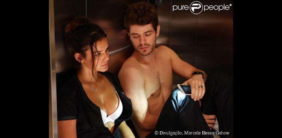 namoro e encontro sexo no elevador