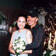 Angelina se casou com Billy Bob Thornton em Las Vegas