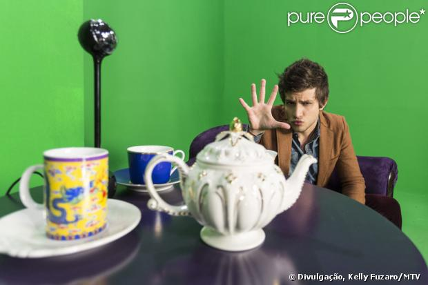 Chay Suede não é mais VJ da MTV Brasil. O último programa do apresentor na casa vai ao ar dia 28 de junho de 2013