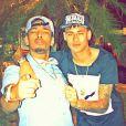 Neymar e o funkeiro Nego do Borel mostram seus cordões personalizados