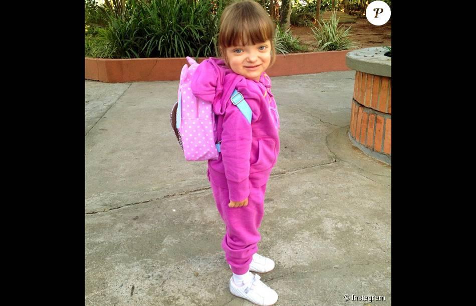 d20bee796703c Rafaella Justus esbanja glamour e fofura com suas roupas. Que tal esse look  total pink