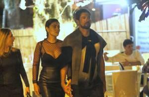 Juliana Paes escolhe look total black transparente para jantar com o marido