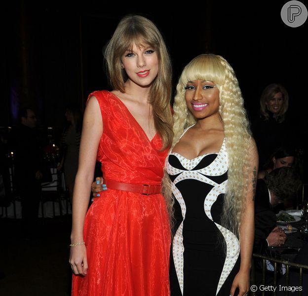 Nicki Minaj e Taylor Swift protagonizaram um desentendimento nas redes sociais depois que a rapper começou a reclamar por não ter seu clipe indicado ao prêmio de 'Vídeo do Ano'