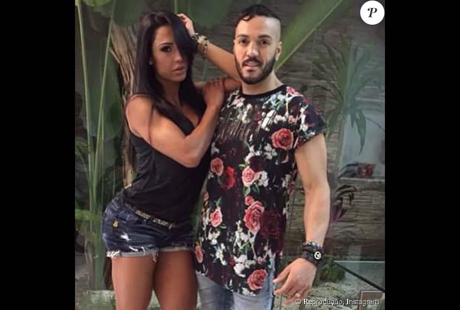 Belo e Gracyanne Barbosa tiveram parte de seus bens penhorados para pagar uma dívida de R$ 40 mil em uma loja de decoração