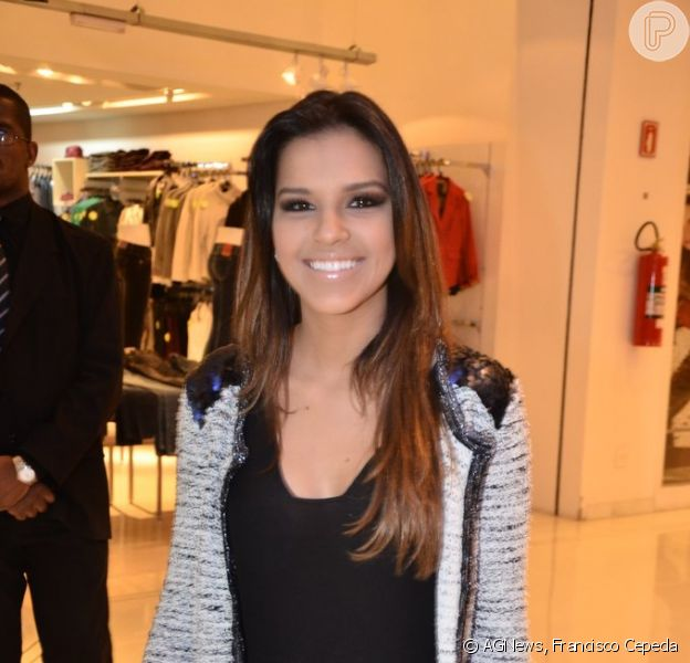 Mariana Rios participou do lançamento da linha Samsung ATIV, em São Paulo, em 6 de julho de 2013