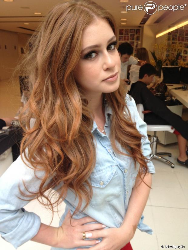 O cabelo de Marina Ruy Barbosa é o assunto do momento nos bastidores de 'Amor à Vida': a menina deve ou não raspar o cabelo?
