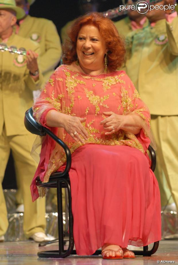 A cantora Beth Carvalho esteve internada durante oito meses