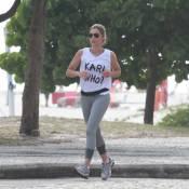 Flávia Alessandra, de folga das gravações de 'Salve Jorge', corre na orla do Rio