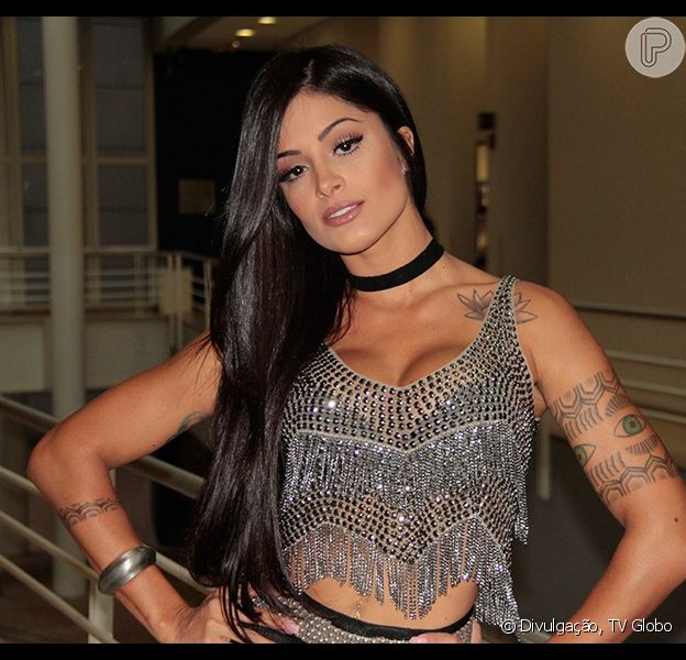 Aline Riscado volta ao 'Domingão' como jurada do 'Dança dos Famosos', em 18 de outubro de 2015