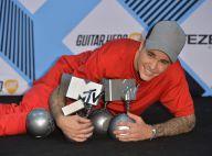 Justin Bieber leva cinco troféus e é o grande vencedor do EMA 2015. Veja lista!