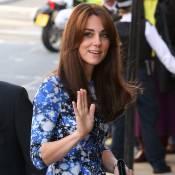 Kate Middleton vai a evento oficial em Londres com vestido de R$ 2.235