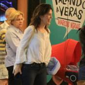 Mariana Gross passeia com o marido e o filho, Antonio, em shopping do Rio