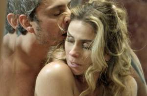'A Regra do Jogo': Atena e Romero vão para a cama e público vibra. 'Teve beijo'