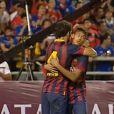 Neymar marcou o gol após tabela de Messi e Pedro