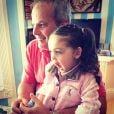 Jayme Monjardim brinca com a filha Maysa, de 2 anos