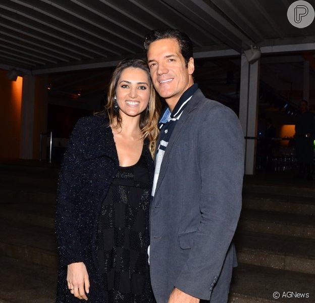 Carlos Machado e Ivy Rocha se casarão no próximo dia 10, nos Estados Unidos