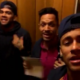 Neymar canta e dança 'Tá Tranquilo, Tá Favorável' com Daniel Alves, nesta segunda-feira, 22 de fevereiro de 2016