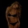 Britney Spears aparece de calcinha e sutiã em prévia de clipe. Veja vídeos!