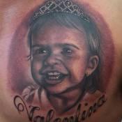 Ceará tatua rosto de Valentina, sua filha com Mirella Santos: 'Minha princesa'