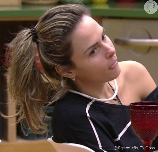 Ana Paula conta que a mãe teve um romance com seu pai enquanto ele era casado com outra mulher