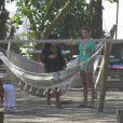 Grazi Massafera e Sofia, sua filha de um ano e três meses, curtiram o dia de sol no Rio de Janeiro em um parque na Barra da Tijuca