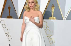 Lady Gaga ostenta brincos de diamantes no valor de R$ 32 milhões no Oscar