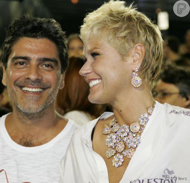 Xuxa participou do programa 'Encontro', de Fátima Bernardes, nesta sexta-feira, 4 de outubro de 2013. Sobre o namoro com Junno Andrade, a apresentadora disparou: 'Desencalhar aos 50 anos é bom demais!'