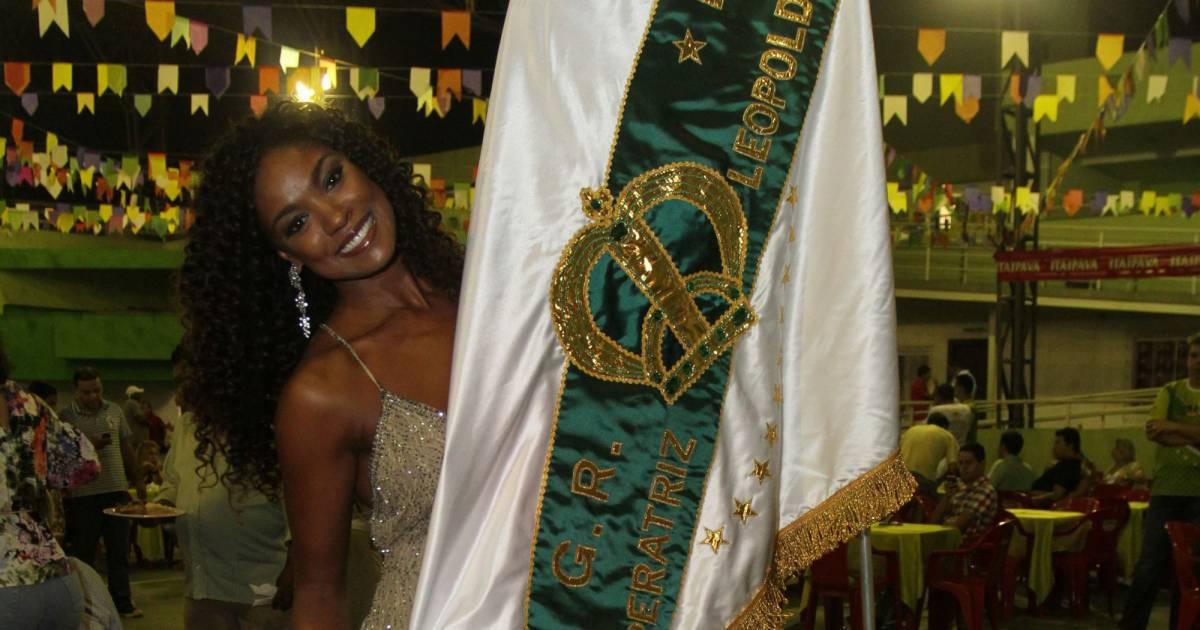Cris Vianna avalia nudez no carnaval: Não curto ficar