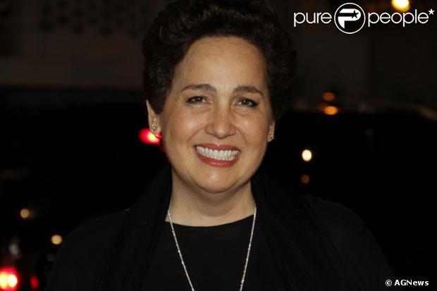 Claudia Jimenez acerta participação na novela 'Além do Horizonte'. A informação é do jornal carioca 'Extra', de 15 de outubro de 2013