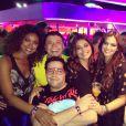 Tiago posa com Juliana Paes, Bruna Marquezine e Cris Vianna no festival de música 'Rock'n Rio