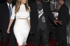 Kim Kardashian aparece com Kanye West após pedido de casamento: 'Feliz'