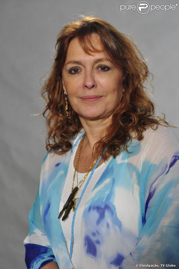 Maria Zilda Bethlem se casou com a namorada, a arquiteta Ana Kalil, e mudou seu status de relacionamento no Facebook
