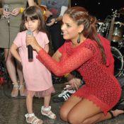 Paloma Bernardi recebe Thiago Martins em evento do seu espaço cultural, em SP