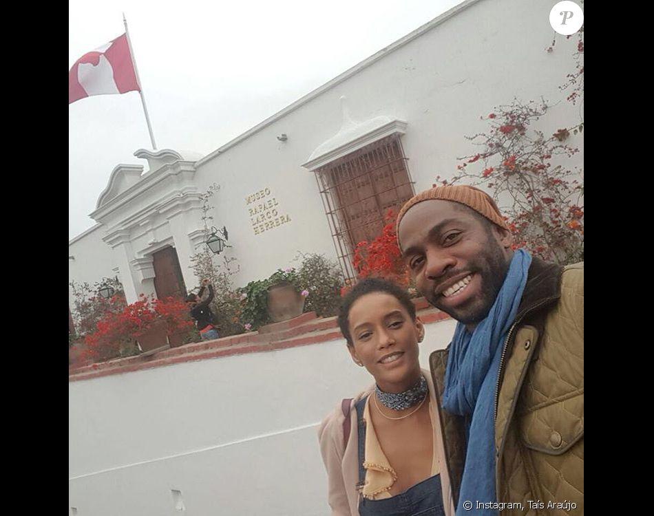 Taís Araújo e Lázaro Ramos estão se divertindo em viagem ao Peru
