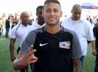 Neymar sofre chantagem de R$ 50 mil após confusão em festa, diz jornal