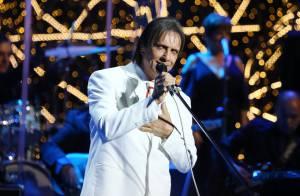 Para ocupar espaço, Globo contrata figurantes em especial de Roberto Carlos