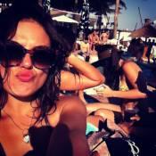Isis Valverde, depois de gravar 'O Canto da Sereia', curte férias no Caribe