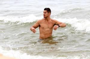 Famosos curtem dia nublado em praias cariocas no último domingo da primavera