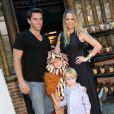 Noah, filho de Danielle Winits e Cássio Reis completou 6 anos com festa nesta quarta-feira, 18 de dezembro de 2013, na casa de festas Itanhangá Lounge Festa e Aventura, na Zona Oeste do Rio de Janeiro
