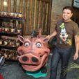 O promoter David Brazil prestigiou a festa para comemorar os 6 anos de Noah