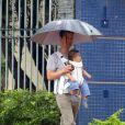 Matthew McConaughey e o filho Livingston fazem passeio juntos