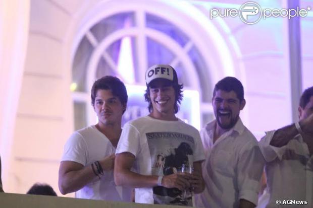 Vinicius Tardio, ator de 'Além do Horizonte', é clicado na festa do Copacabana Palace, no Rio