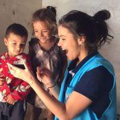 Bruna Marquezine chora ao falar de crianças refugiadas: 'Pensava em adotar'