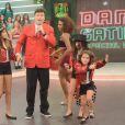 Rodrigo Faro recebe surpresa das três filhas em programa de Natal. Veja fotos!