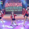 Clara, de 11 anos, Maria, de 8, e Helena, de 3, participaram do 'Dança Gatinhas'