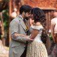 Miguel (Pedro Carvalho) e Juliana (Gabriela Moreyra) se casam no quilombo,   no capítulo que vai ao ar na quarta-feira, dia 28 de dezembro de 2016, na novela 'Escrava Mãe'